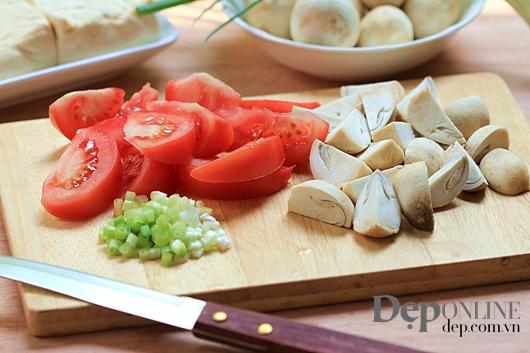 Nấm xào cà chua