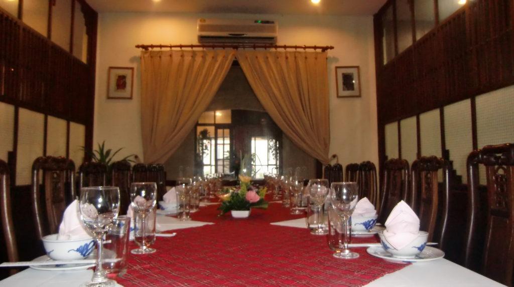 Nhà hàng Phù Đổng